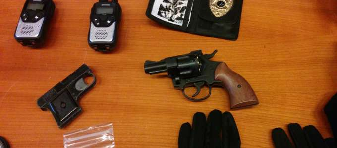 Le armi sequestrate dalla polizia