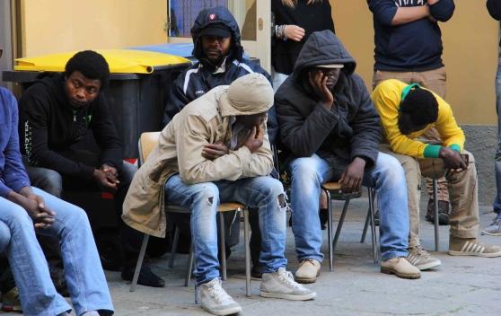 Profughi Oltre La Soglia Massima Di Accoglienza