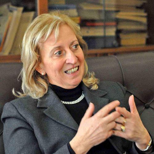 La preside del Liceo Classico,...